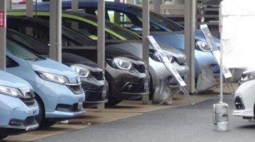 Next-gen Honda Jazz spied sans camouflage just days before debut
