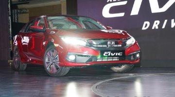 Honda Civic अपने सेगमेंट की टॉप सेडान, जानें ओवरआल सेल्स डिटेल