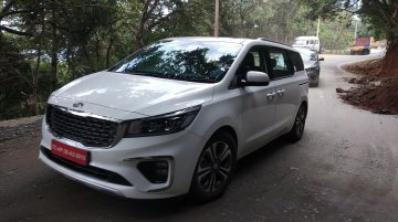 Kia Carnival spied one last time ahead of launch next month
