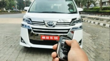 Kid details Indian-spec Toyota Vellfire in a walkaround video