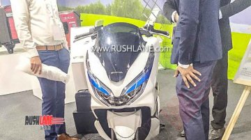 Honda PCX Electric scooter displayed at dealers meet in India - Report