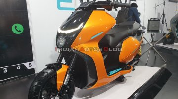 Everve Motors EF1 electric scooter - Live From Auto Expo 2020