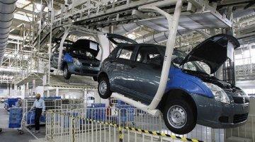 50 दिन बाद Maruti Suzuki ने मानेसर प्लांट में बनाई पहली कार