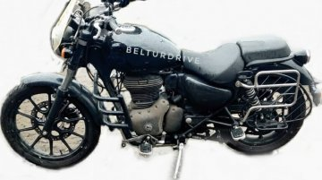 Royal Enfield Meteor 350 with several accessories spied, launch soon