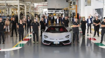 Lamborghini manufactures 10,000 units of Aventador in 9 years