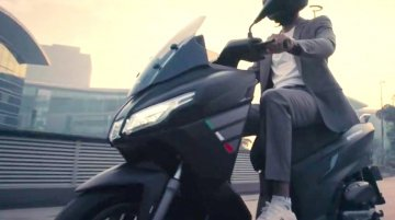 Recently Launched Aprilia SXR 160 Maxi-Scooter TVC Video Released
