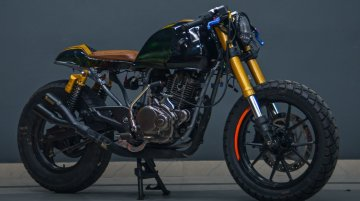 Bajaj Pulsar 150 Looks Dope with Cafe Racer Themed Modifications