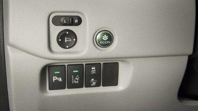 2016 Honda Pilot buttons press shots