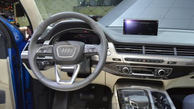 Audi Q7 E-tron dashboard at 2015 Geneva Motor Show