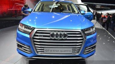 Audi Q7 E-tron front view at 2015 Geneva Motor Show