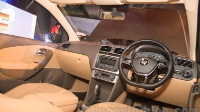 2015 VW Vento facelift dashboard
