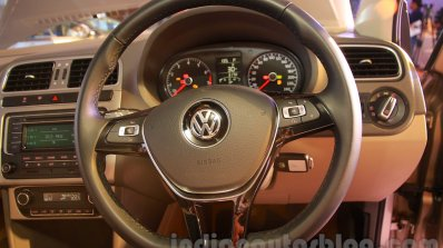 2015 VW Vento facelift steering