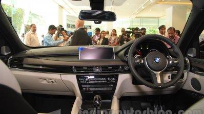 2015 BMW X6 dashboard India