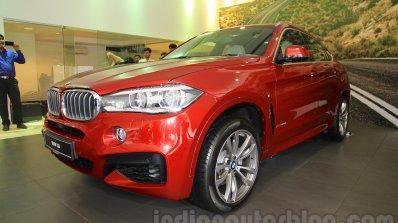 2015 BMW X6 front quarters India
