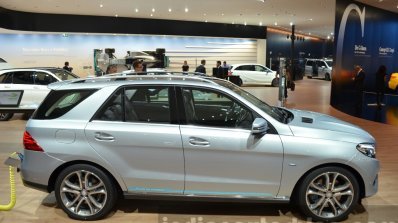 2015 Mercedes GLE side at the IAA 2015