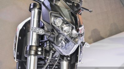 Benelli Tornado Naked T-135 headlamp at Auto Expo 2016