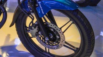 Honda CB Shine SP front disc brake at Auto Expo 2016