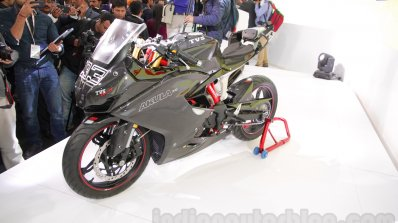 TVS Akula 310 Racing Concept carbon fibre body work at Auto Expo 2016