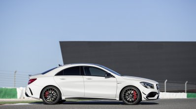 2016 Mercedes AMG CLA 45 facelift side unveiled