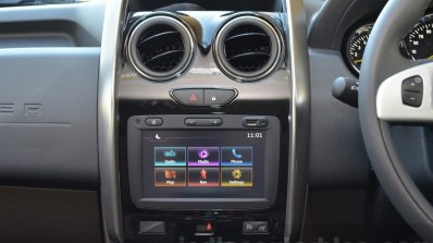 Renault Duster gains new infotainment system with Apple CarPlay
