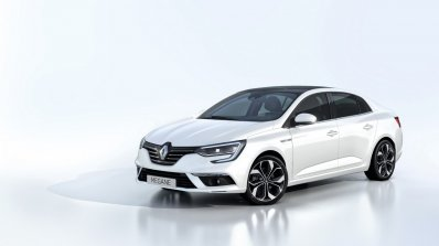 2016 Renault Megane Sedan front three quarters studio image