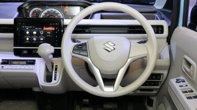 2017 Suzuki Wagon R dashboard driver side