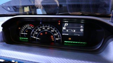 2017 Suzuki Wagon R instrument panel