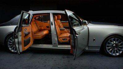 2018 Rolls-Royce Phantom profile doors open