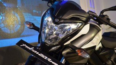 2017 Bajaj Pulsar NS200 at Nepal Auto Show headlamp