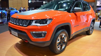 Jeep Compass Trailhawk front three quarters left side at 2017 Dubai Motor Show