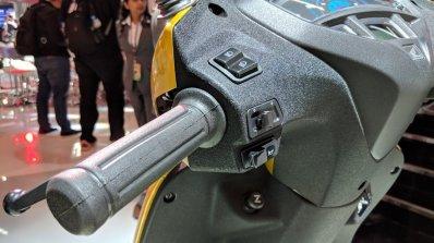 Honda Activa 5G switchgear at 2018 Auto Expo
