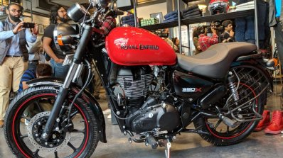 Royal Enfield Thunderbird 350X Red left side India launch