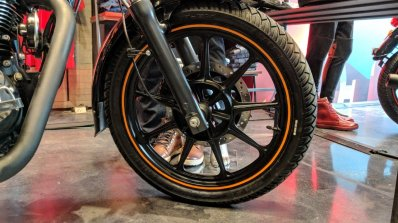 Royal Enfield Thunderbird 500X Orange front wheel India launch