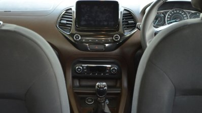 Ford Freestyle review centre console