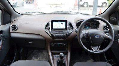 Ford Freestyle review dashboard