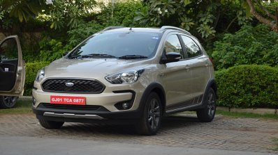 Ford Freestyle review front three quarters
