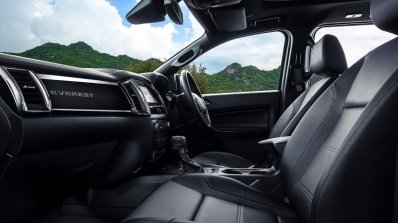 Facelifted Ford Everest (Facelifted Ford Endeavour) front seats