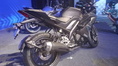Yamaha YZF-R15 V3 0 transformed into YZF-R1M [Video]