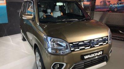 2019 Maruti Wagonr Robust Package Front Three Quar