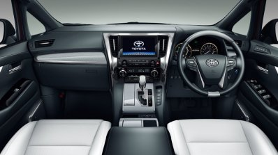 Toyota Vellfire Cabin
