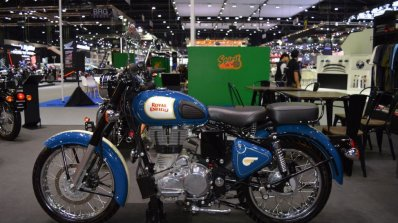 Royal Enfield Classic 500 Lagoon Left Side At 2017
