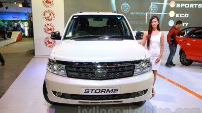 2015 Tata Safari Storme Facelift Front At The 2015