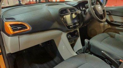 Tata Tiago Xz Autocar Performance Show Images Inte