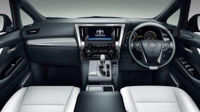 Toyota Vellfire Interior 87f6