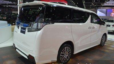 Toyota Vellfire Rear Three Quarter At The 2015 Ban