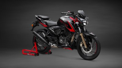 Tvs Apache Rtr 200 4v Race Edition 2 0 Front Three
