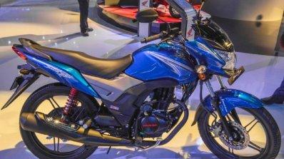 Honda Cb Shine Sp Side At Auto Expo 2016