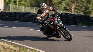 2020 Tvs Apache Rtr 200 4v Bs Vi Review Action Sho