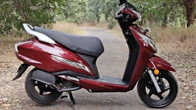 Bs Vi Honda Activa 125 Review Still Shots Right Si