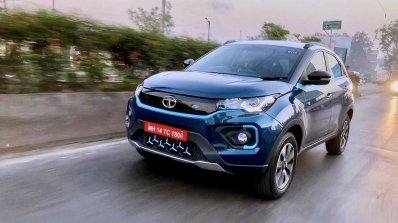 Tata Nexon Ev Image Front Three Quarters Action 4